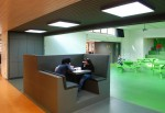 http://www.ontwerplab.nl/files/gimgs/th-36_tilburg-basisschool-vijfhoeven_web_160108_mh_werkmeubel.jpg